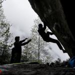 Die ersten Boulder-Probleme werden zügig geknackt.
